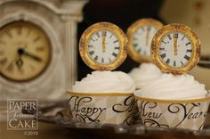New Year's Eve Dessert Ideas | Top your cupcakes with these great vintage clocks! Find them here .