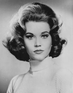 Jane Fonda... wow... she was so beautiful!