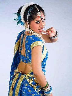 Hot navel agarwal nisha