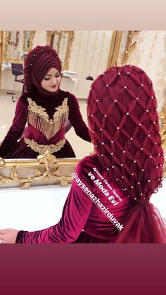 You will find different rumors about the annals of the marriage dress; tesettür First Narration; Wedding Abaya, Hijabi Wedding, Muslimah Wedding Dress, Hijab Style Dress, Disney Wedding Dresses, Pakistani Wedding Dresses, Princess Wedding Dresses, Hijab Chic, Bridal Hijab
