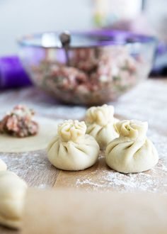 Když máte hotovo, knedlíčky vařte v osolené vroucí vodě asi 6 minut od momentu… Garlic, Pudding, Vegetables, Cooking, Food, Kitchen, Custard Pudding, Essen, Puddings