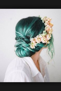 I like the green/blue with the flower band! Beautiful for sure!