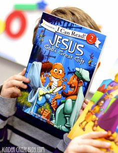 "Children's book review of five ""I Can Read"" books about Jesus from Mardel and their use in a Catholic kindergarten classroom."