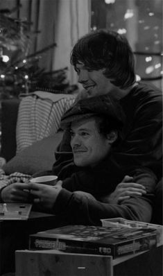 Larry Stylinson, One Direction Images, One Direction Humor, Louis Tomlinsom, Louis And Harry, 5sos, I Believe In Love, My Love, Larry Shippers