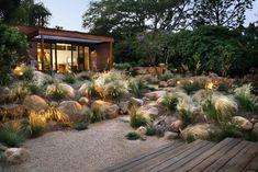 ornamental grasses + boulders / Grace Design Associates