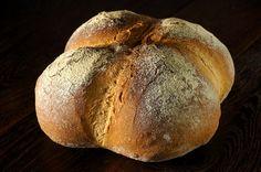 Название хлеба говорит само за себя - этот хлеб готовится с добавлением белого вина, а еще, с уже знакомым куском заранее отферментированного теста - fermented dough/Pâte…