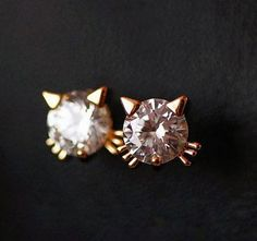 Cute Kitty Rhinestone Earrings.