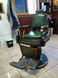 Cadeira de Barbeiro Barber Chair, 4 Life, Barber Shop, Chairs, Stage Design, Barbers, Theater, Furniture, Interiors