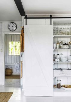 Kitchen Dining, Dining Room, Track Lighting, Cosy, New Homes, Cottage, Cabin, Ceiling Lights, Interior Design