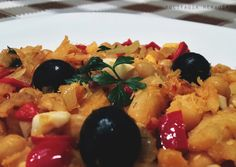 Zero Lactose, Brazilian Recipes, Portuguese, Fruit Salad, Food, Cod Recipes, Peanut Butter, Garbanzo Salad, Traditional Kitchen