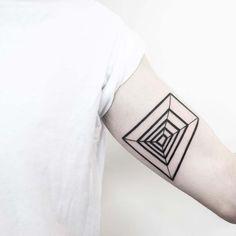 Tatuagens geométricas e minimalistas – Update or Die!