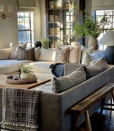 Living Room Designs, Living Room Decor, Living Spaces, Earthy Home, Great Rooms, Home And Living, Room Inspiration, Family Room, House Design