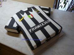 Juventus cake - would like to make this for my son's birthday!