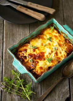 Moussaka met courgette en paprika - Dishcover Moussaka, Food For Thought, Italian Recipes, Main Dishes, Pizza, Keto, Cheese, Ethnic Recipes, Foodies