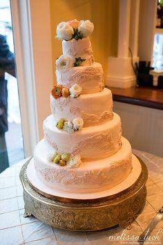 Wedding cake photo by Melissa Tuck Photo Wedding Cake Photos, Wedding Cakes, Weddings, Desserts, Food, Wedding Gown Cakes, Tailgate Desserts, Deserts, Wedding