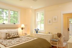 Benjamin Moore Rich Cream 2153-60 /  Marthas Vineyard - traditional - bedroom - boston - Vani Sayeed Studios