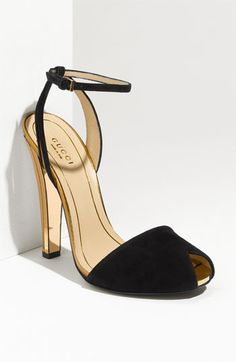 love the ankle strap!