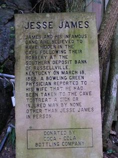 Jesse James History-I love that it's Bowling Green! Jesse James Outlaw, Jessy James, Wild West Outlaws, Famous Tombstones, Famous Graves, My Old Kentucky Home, After Life, Le Far West, Cemetery Headstones