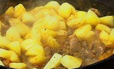 Vir 'n verskeidenheid van Afrikaanse vermaak, skakel in op kykNET (Kanaal Tart Recipes, Healthy Recipes, Healthy Meals, South African Recipes, Ethnic Recipes, English Food, Winter Food, Sweet Potato, Mashed Potatoes