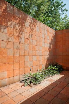 Galería de Casa Tequesquitengo / PRODUCTORA - 32 Architecture Details, Landscape Architecture, Interior Architecture, Terrace Floor, Terrace Garden, Patio Interior, Interior And Exterior, Outdoor Landscaping, Outdoor Gardens