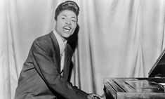 The one & only Little Richard Performs at  thePiano @ rewindcentral.com