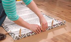 How to make Roman curtains of fabric without sewing Pergola Diy, Cheap Pergola, Outdoor Pergola, Diy Patio, Pergola Ideas, Diy Window Shades, Diy Roman Shades, Roman Curtains, No Sew Curtains