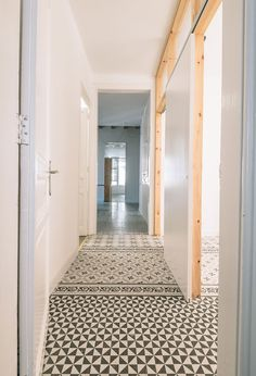 VIVES Azulejos y Gres - Real Projects with VIVES Ceramica porcelain and ceramic tiles Decor, House Design, Interior, Tiles, Dream Decor, Flooring, Interior Design, Interior Deco, Tiled Hallway