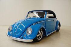 1966 Volkswagen Beetle painted in Ford Grabber Blue Azul Vintage, Vw Vintage, Ferdinand Porsche, Cabrio Vw, Vw Bus, Vw Camper, Volkswagen Convertible, Vw Accessories, Combi Wv