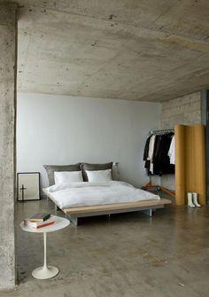 Home Interior Ideas .Home Interior Ideas Concrete Bedroom, Concrete Interiors, Bedroom Flooring, Minimalism Living, Industrial Bedroom Design, Modern Industrial, Industrial Closet, Industrial Shop, Industrial Bookshelf