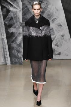 http://www.vogue.com/fashion-shows/fall-2016-ready-to-wear/jil-sander/slideshow/collection