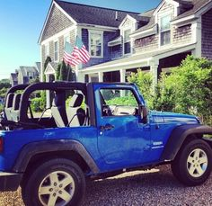 I would LOVE to have this Jeep. Such a beautiful color.