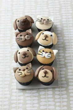 Cute puppy dog ​​and kitty cupcakes - Cake Decorating Cupcake Ideen Cupcakes Design, Cupcakes Chat, Cookies Cupcake, Cupcake Day, Dog Cupcakes, Animal Cupcakes, Coconut Cupcakes, Cupcake Toppers, Coconut Buttercream