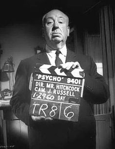 vintage everyday: Rare Behind-the-Scenes Photos of Alfred Hitchcock and the Making of Horror Film 'Psycho' Alfred Hitchcock, Hitchcock Film, Gif Terror, Tv Movie, Movie Blog, Robert Duvall, I Love Cinema, Classic Horror Movies, Classic Films