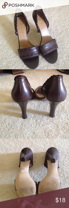 Tahari brown heals Gently used brown leather heal.  Size 8 1/2 Tahari Shoes Heels