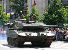 Spanish Army Tank Leopard 2E. Tanque Leopard 2E del Ejército Español.