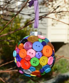 Easy button ornament!  Make it with the kids! From One Artsy Mama