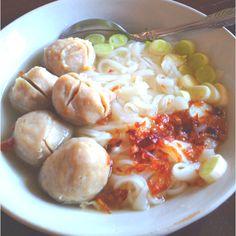 Kwetiau Baso Sapi with Spring Onion