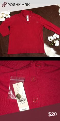 ❤️NY&CO BLOUSE❤️ NWT NY&CO 3/4 sleeve blouse sweater!! 83% RAYON 17% NYLON color RED ‼️PRICE FIRM‼️ Sweaters