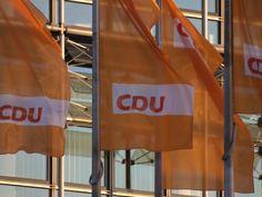 CDU stimmt Koalitionsvertrag mit großer Mehrheit zu - http://k.ht/3O2
