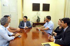 Folha certa : Prefeito de Mossoró recebe representantes de empre...