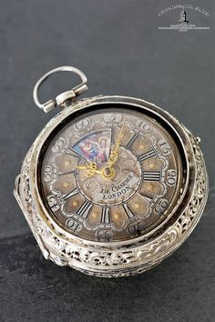 Simon Descharmes, London - Verge Pocket Watch - Sell your precious watches at our auctions! Antique Watches, Vintage Watches, Cowboy Boots Square Toe, Pocket Watch Antique, Telling Time, Antique Jewelry, Watches For Men, Pocket Watches, Jewels