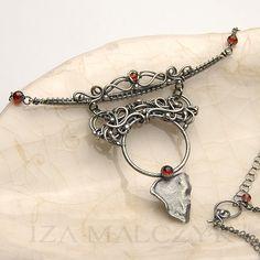the Niobe Necklace by Iza Malczyk