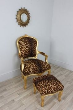 Louis Gold Leopard - Leopard Print Louis Style Salon Chair boudoir throne & Matching Stool so need for my bedroom Funky Furniture, Home Decor Furniture, Home Furnishings, Painted Furniture, Diy Home Decor, Room Decor, Animal Print Furniture, Animal Print Decor, Animal Prints