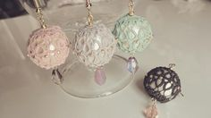 Cotton pearl wrapped with tatting lace
