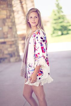 Perfectly IN LOVE Kimono! SO BEAUTIFUL!! LOVE THIS!! MUST have this kimono!! FREE SHIPPING. buy it : www.lillieavenue.com   #KIMONO #SUMMER #LOVE #STYLE #FASHION #OOTD #MUSTHAVE #HAPPY #FLORAL #SHOPPING #ONLINESHOPPING #BEST