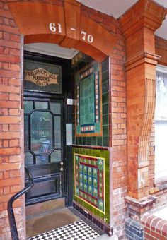 Victorian or Edwardian tiles in porch, Parliament Hill, Gospel Oak, London Victorian Porch, Victorian Tiles, Victorian Bathroom, Edwardian Architecture, Colonial Architecture, Porch Wall Tiles, Tiles Uk, Art Nouveau Tiles, Art Deco