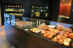 des GATEAUX et du PAIN is a patisserie of the 'bijouterie' variety, designed by Yan Pennor, who designed Pierre Herme's shops. It has the look of a luxe Parisian jewelry shop with sparkling cases and perfect lighting. from  paris breakfasts