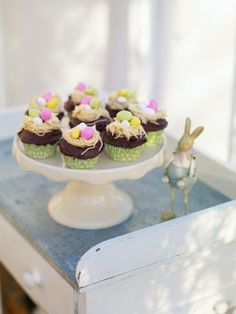 Easter Cupcakes- use a garlic press for the nests