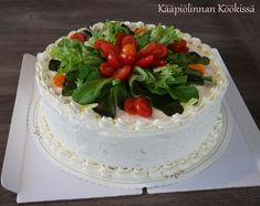 Kääpiölinnan köökissä: Kevään kakkukavalkadi Cake, Desserts, Food, Pie Cake, Meal, Cakes, Deserts, Essen, Hoods