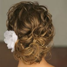 Pretty bridal updo